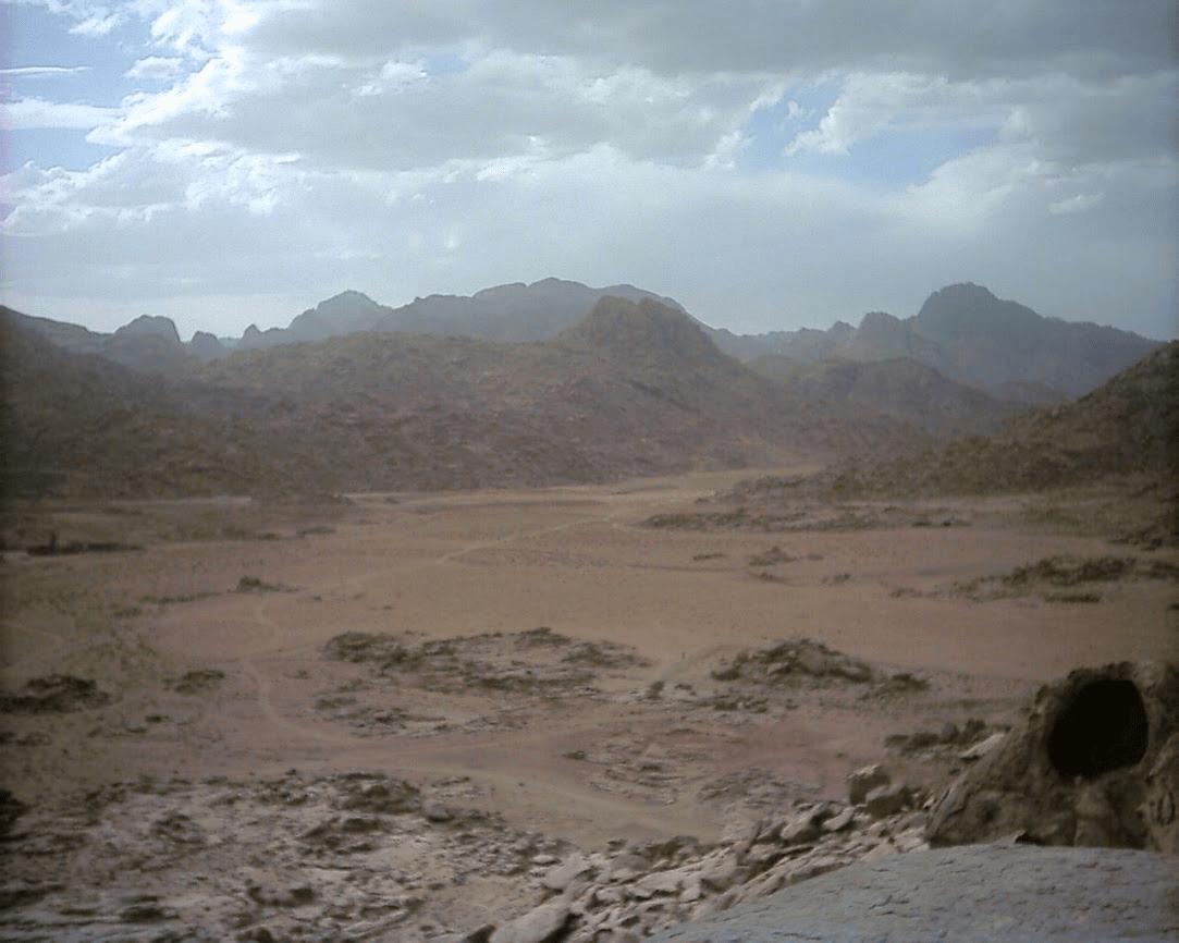 Moses Erected 12 Stone Pillars At Mt Sinai To Represent