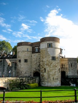 The Tower of London - See the Best of England: A Three Week Itinerary - The Trusted Traveller