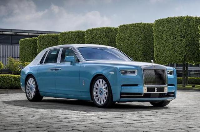 Rolls Royce Horology Phantom (courtesy luxurylaunches.com)