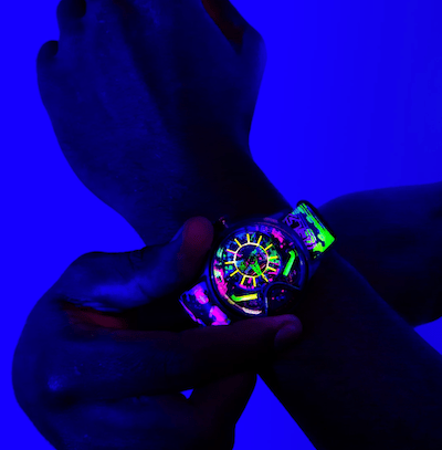 The Electricianz Neon Z in UV light