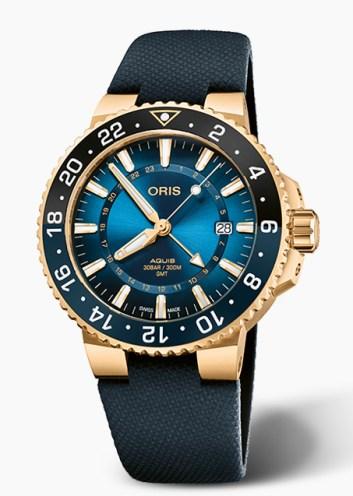 Oris Carysfort Reef Gold standing proud