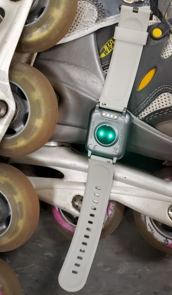 Willful SW025 green light rollerblade