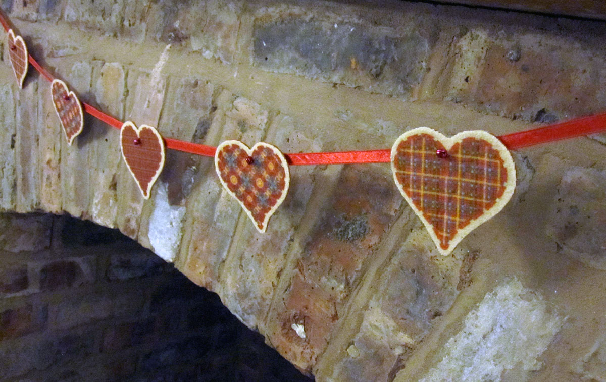 Heart Bunting 2
