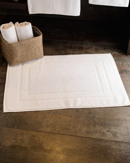 Towels By Jassz Tiber 50 x 70cm Bath Mat