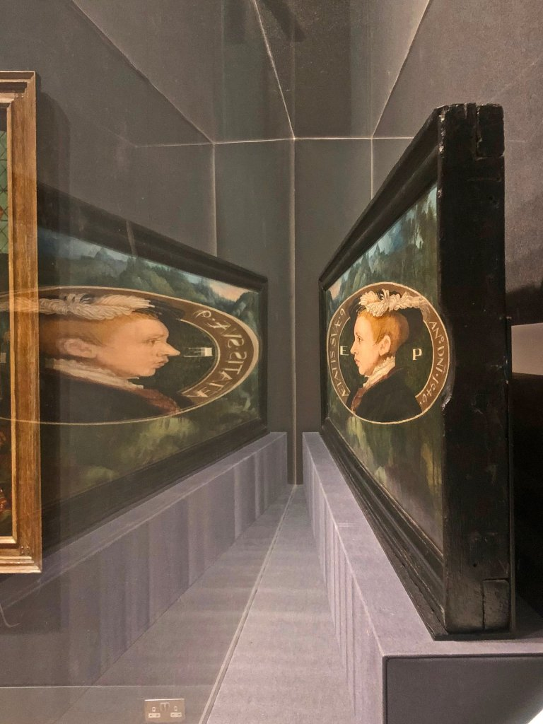 The anamorphic portrait of Edward VI in the National Portrait Gallery