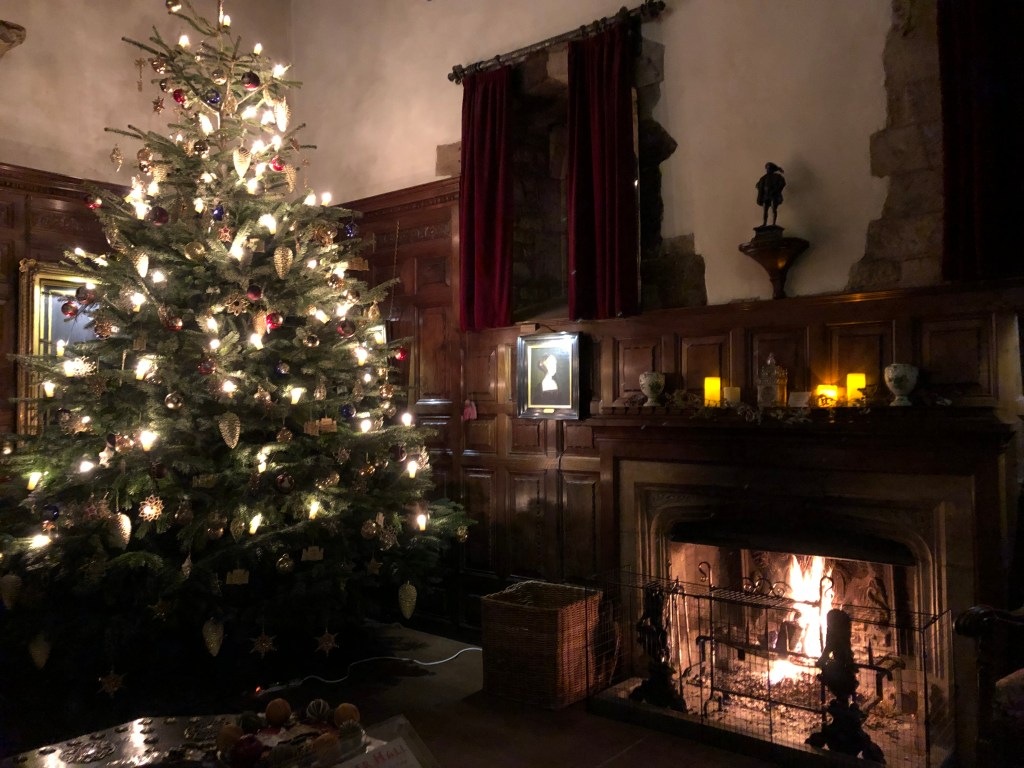 Hever at Christmas: the Inner Hall