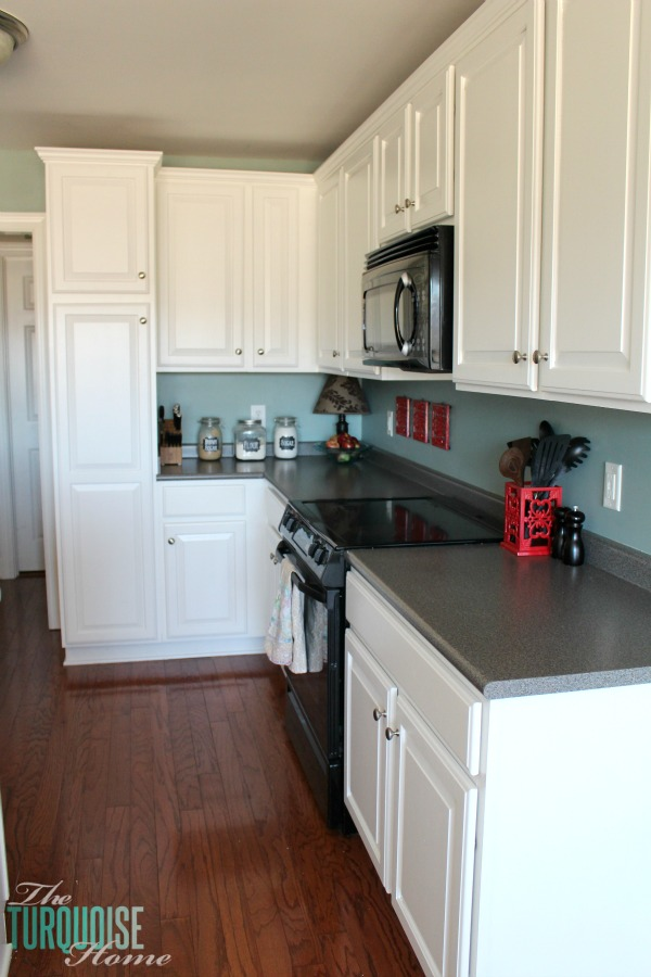 painted kitchen cabinets with benjamin moore simply white on benjamin moore kitchen cabinet paint id=34699