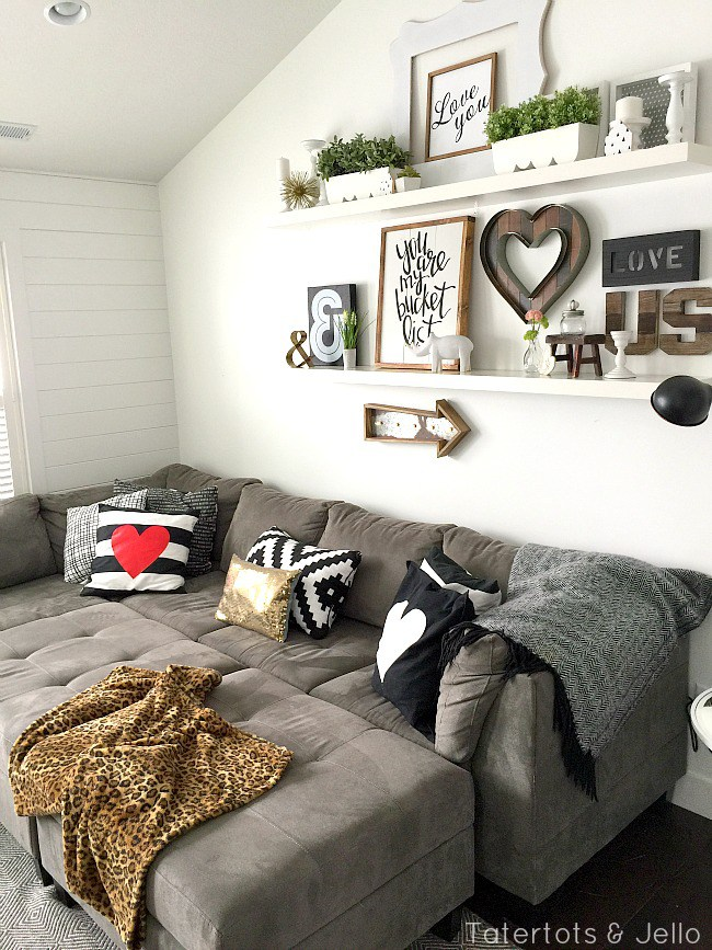 5 Simple Gallery Wall Ideas | Don't be afraid! It's easy! on Picture Hanging Idea  id=73614