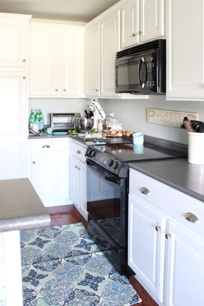 Budget Friendly Diy Kitchen Cabinet Ideas The Turquoise Home
