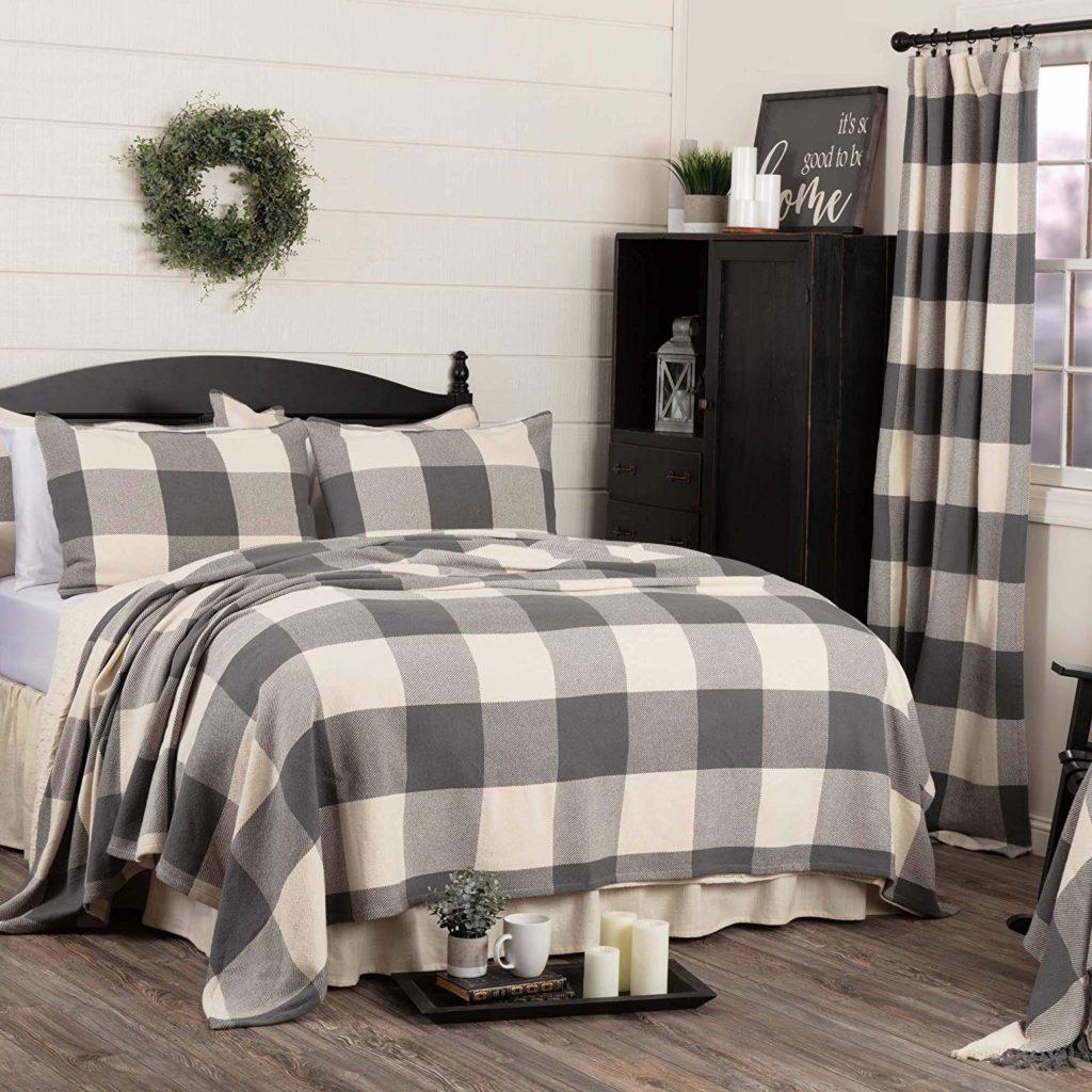 gorgeous farmhouse bedding to add to