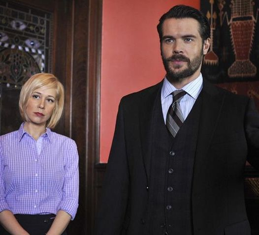 Bonnie Winterbottom portrays Liza Weil, Frank Delfino portrays Charlie Weber (Courtesy of ABC TV)