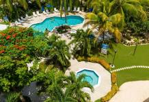 The tropical grounds of Comfort Suites & Resort, Cayman Islands.