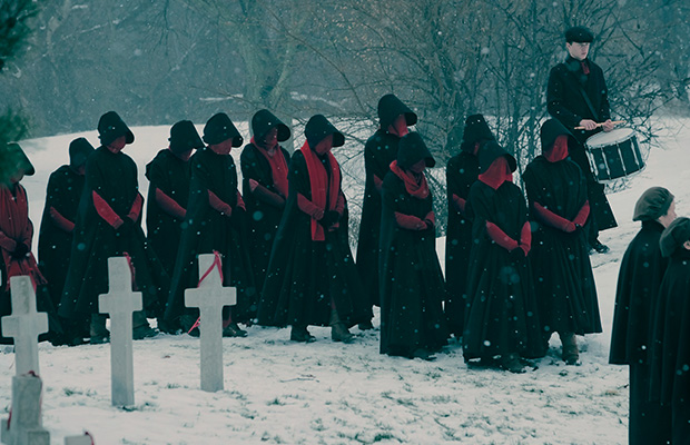 watch handmaids tale season 2 canada