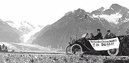 440px-1st_car_on_Richardson_Highway_1913
