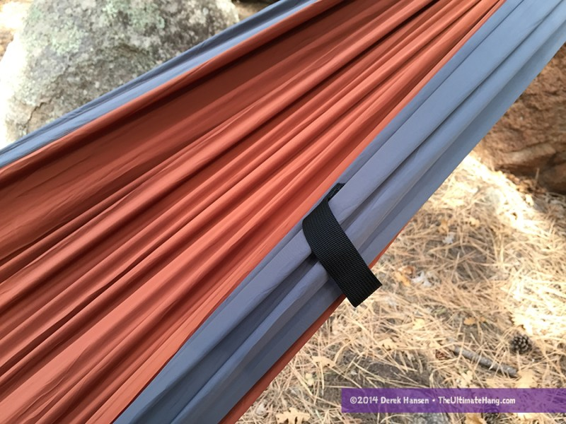 Pull handles on the Pares hammock