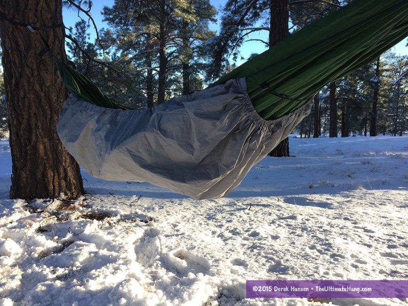 thermarest-hammock-warmer-attached2