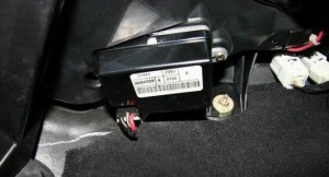 Air Conditioning Blower Motor Connection Replacement