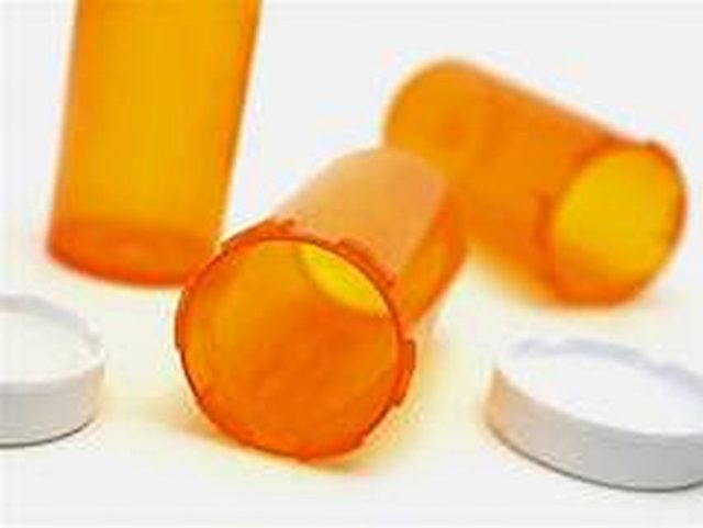 empty prescription bottles, out of meds, what to do if you run out of medication, tips, hashimoto's, thyroid, symptoms