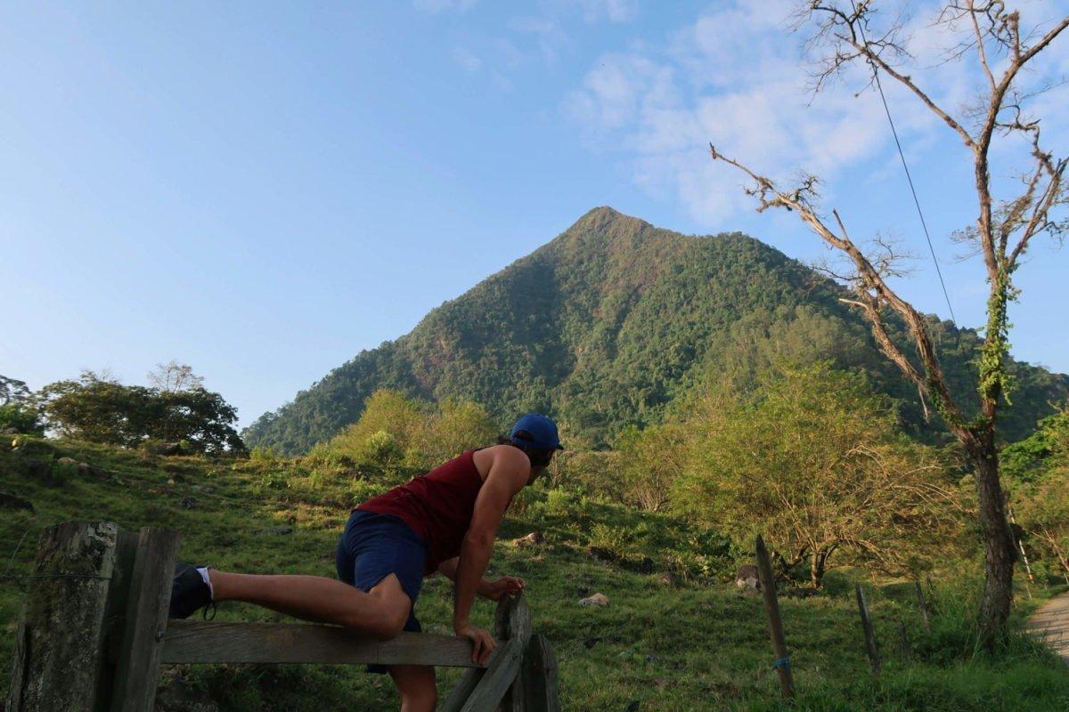 hiking cerro tusa