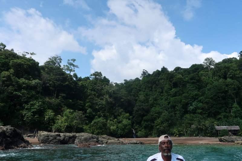 el nativo at playa el tigre in bahia solano