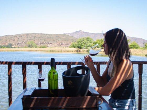 Kim tasting wine in the Robertson Wine Vally