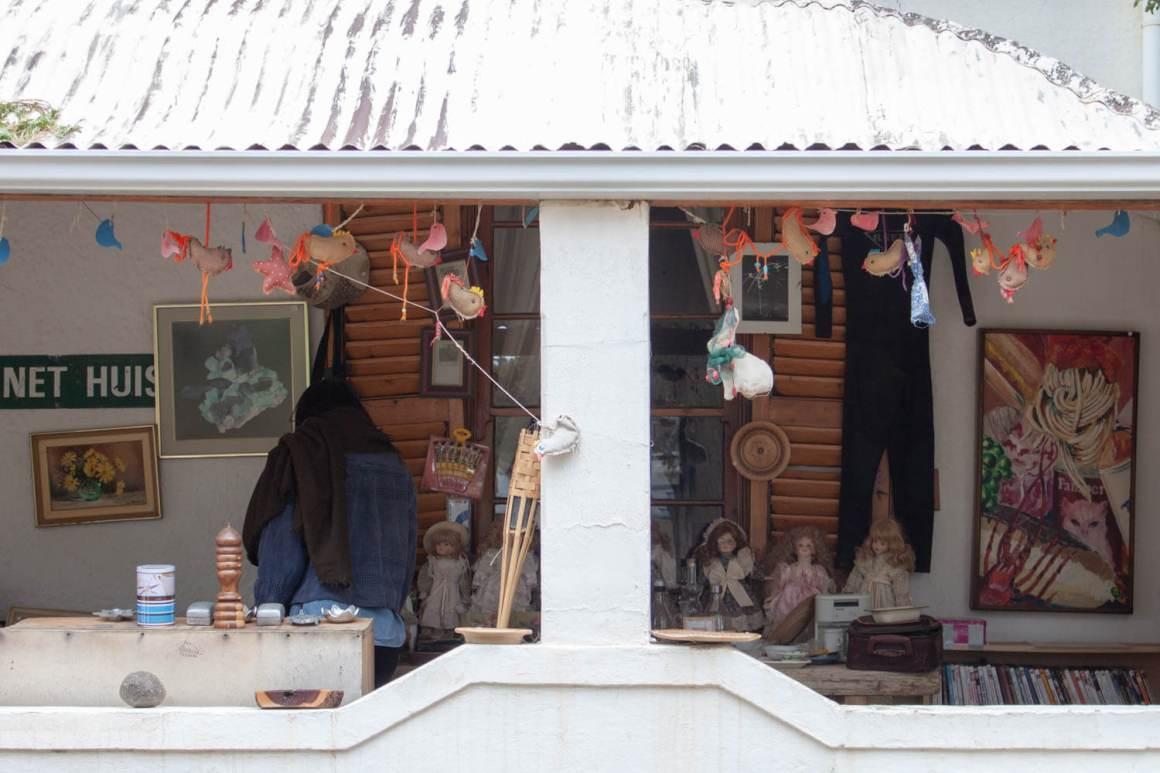 Kim shopping at the honesty shop in Nieu Bethesda