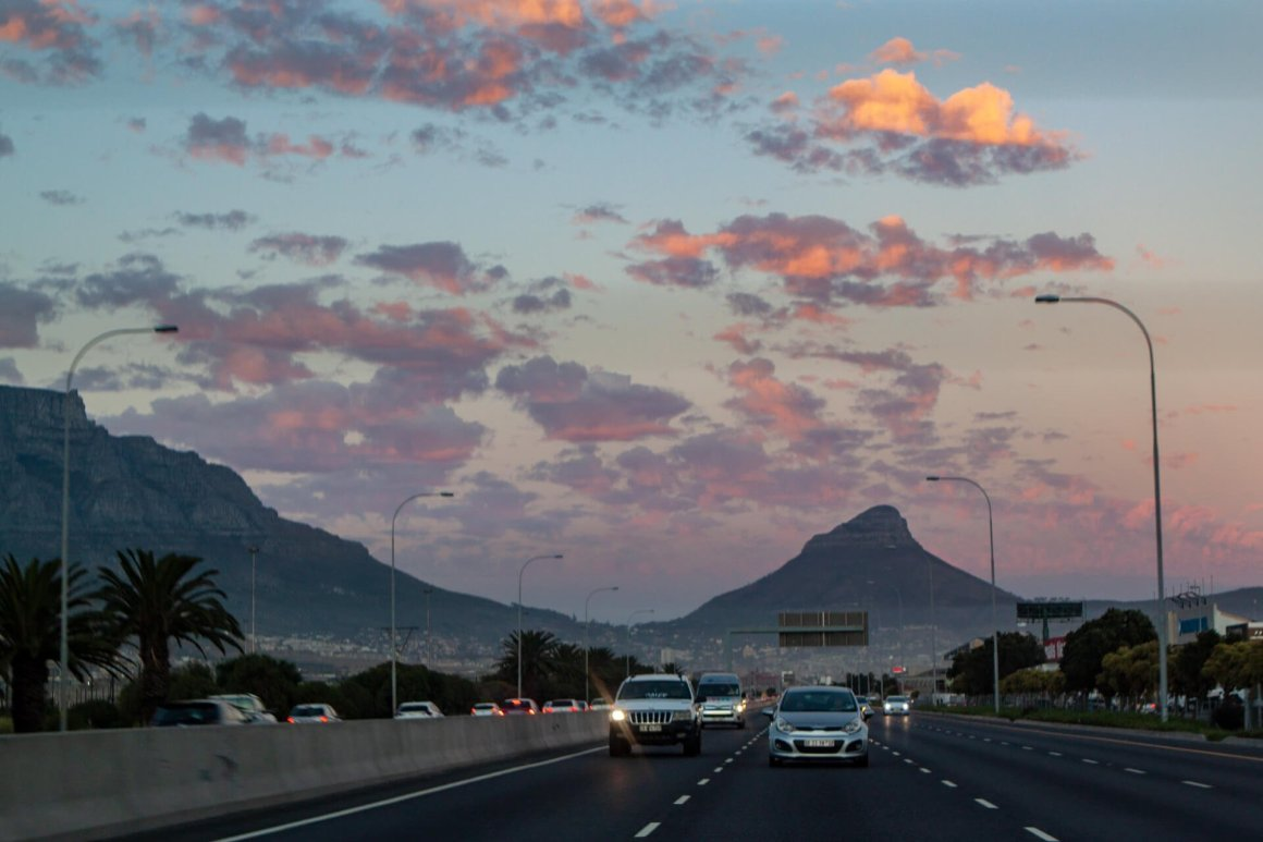 Driving out of Cape Town early in the morning with beautiful light.