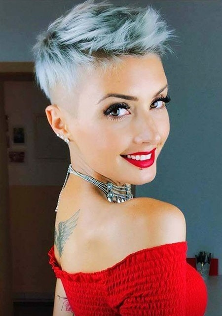 Short Trendy Hairstyles 2018
