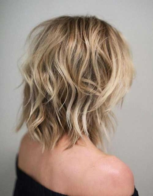 Choppy-Mid-Length-Bob Splendid Layered Short Haircuts for Ladies