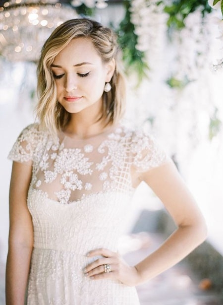 Classic-Look-1 Wedding Hairstyles for Short Hair