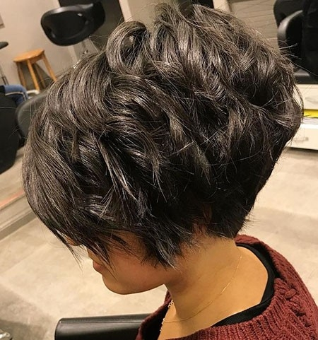 Gorgeous-Look New Short Layered Hairstyles 2018
