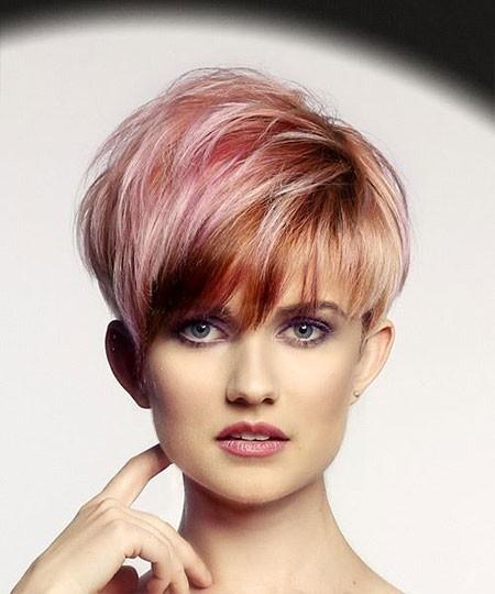 Haircuts-for-Short-Straight-Hair-11 Haircuts for Short Straight Hair