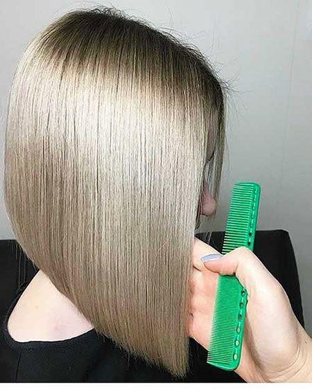 Haircuts-for-Short-Straight-Hair-16 Haircuts for Short Straight Hair