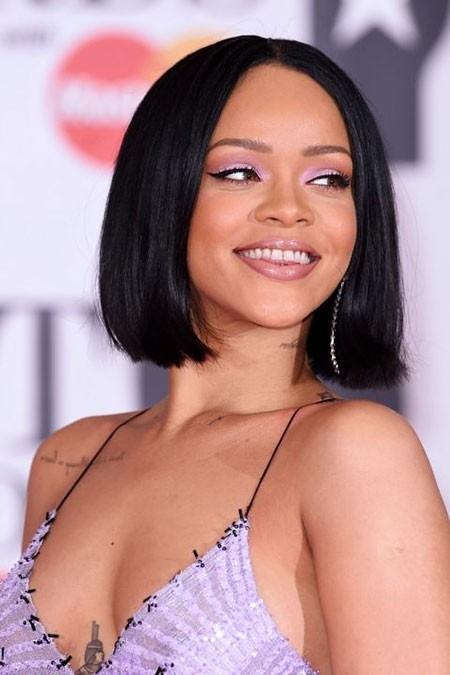 Rihanna-Beautiful-and-Cute-Hair Best Rihanna Short Hairstyles