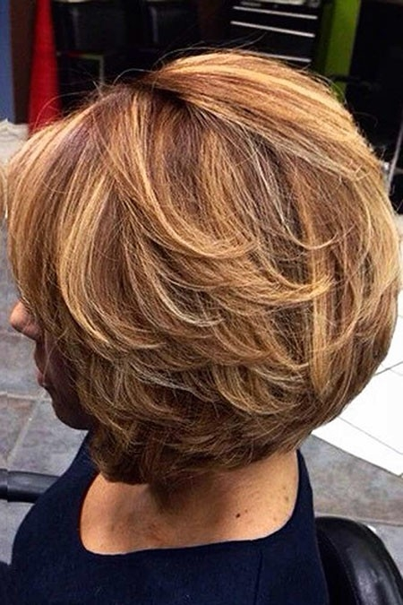 Round-Layered-Hair Great Short Hairstyles for Women 2018