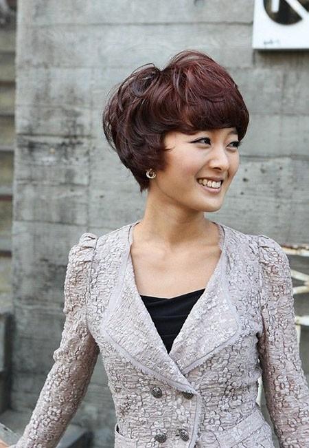 Short-Layered-Hair-1 Cute Short Haircuts for Girls