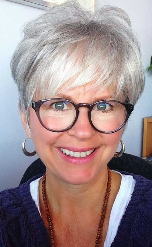 Short-Pixie-Hair-Style-with-Bangs-for-Women-Over-70 Best Short Haircuts For Women Over 70