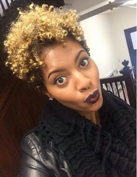 Blonde-Hair Short Natural Haircuts for Black Women