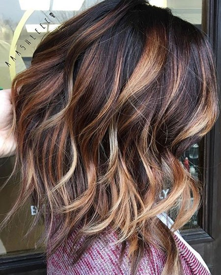 Blonde-and-Golden-Highlights Best Short Hair Color Ideas