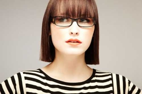 Cute-Blunt-Straight-Fine-Hair-with-Bangs Best Short Haircuts for Straight Fine Hair