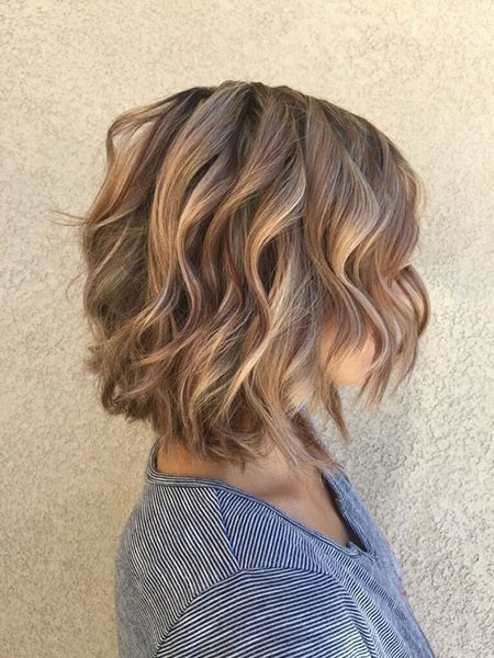 Gorgeous-Waves Short Hairstyles for Wavy Hair