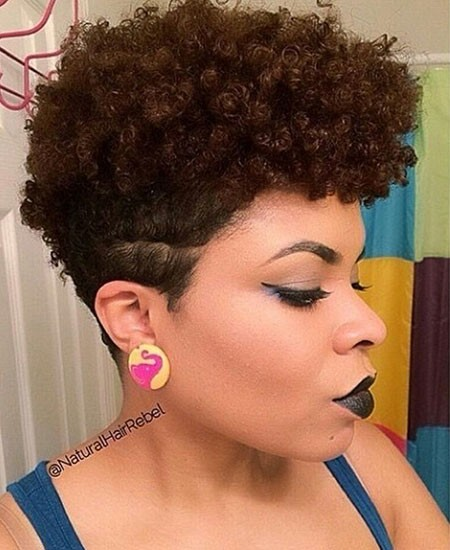 Mohawk-Haircut-with-Short-Sides Short Natural Haircuts for Black Women