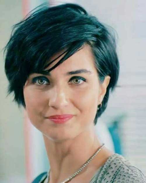 Pixie-for-Brunette-Ladies Best Short Haircuts You will Want to Try