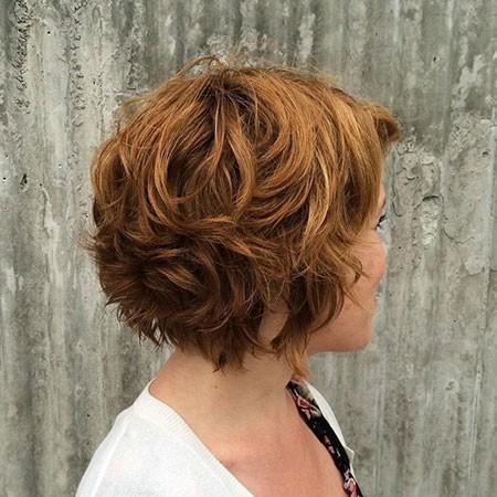 Short-Layered-Wavy-Hairstyles Short Layered Wavy Hairstyles
