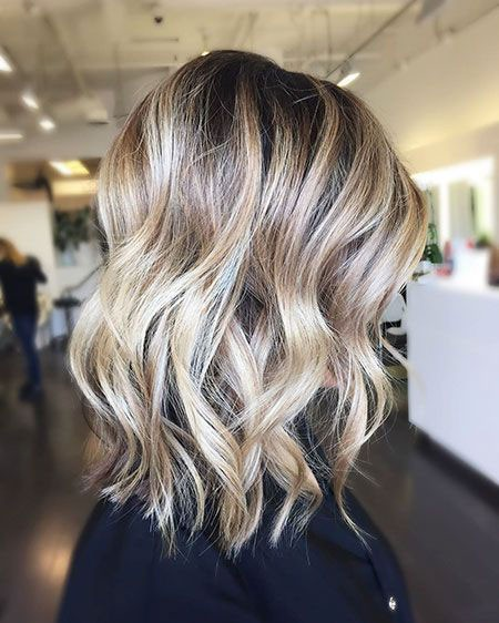 Short-Layered-Wavy-Hairtyles Short Layered Wavy Hairstyles