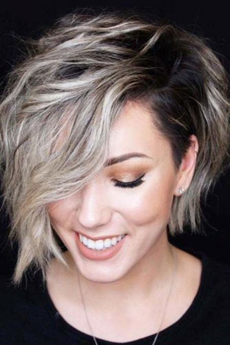 Side-swept-Bob Short Hairstyles for Wavy Hair