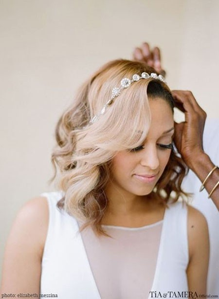 Tia-and-Tamera-Mowry-Wedding Bridal Hairstyles for Short Hair