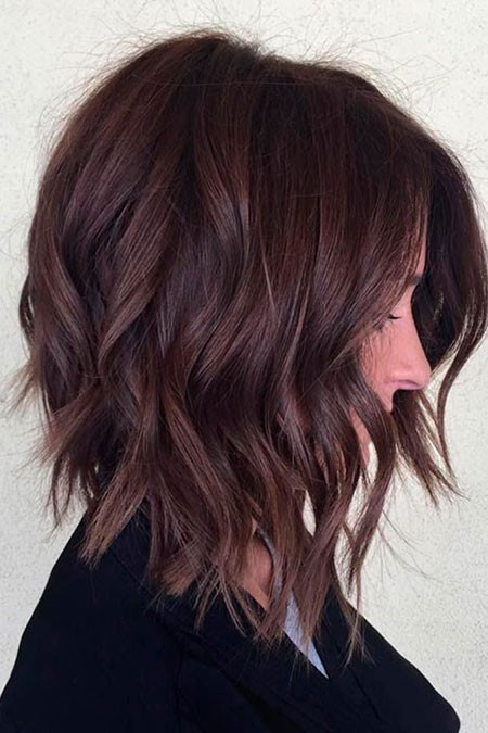 Trendy-Medium-Length-Haircuts Short Layered Wavy Hairstyles