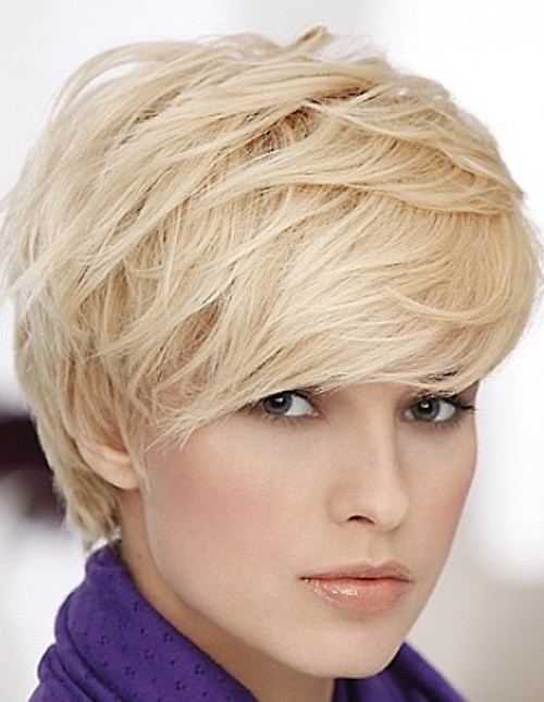 blonde-layered-pixie-haircut Very Short Pixie Haircuts for Women