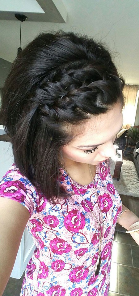 Cute-Braided-Hair Cute And Easy Hairstyles for Short Hair